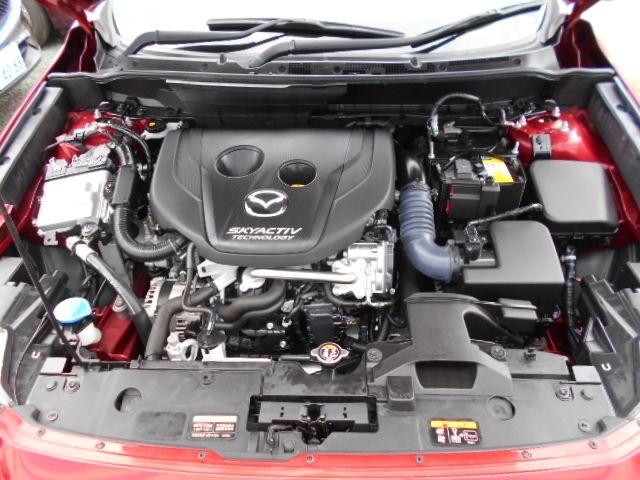 1.5L直列4気筒DOHC16バルブディーゼルターボエンジンは、2.5L並みのトルクによる余裕の走りと、低燃費+軽油使用による高い経済性を両立しています!パワフルでお財布にやさしいエンジンです!