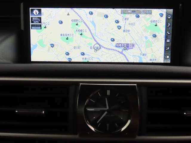 「認定中古車CPO」は2年間、走行距離無制限の保証が付帯されています。「レクサスU-CAR」には1年間、走行距離無制限の保証が付帯されています。OUTLETには保証がありませんのでよろしくお願い致します。