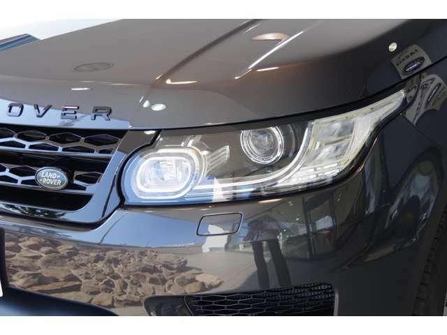 ディスチャージヘッドライト搭載で夜間も安心してドライブをお楽しみいただけます!