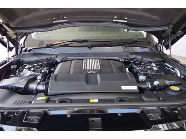 数が少なくなりました5リッターV8エンジンを搭載!日常生活では必要のない非日常を演出するエンジンとなります♪