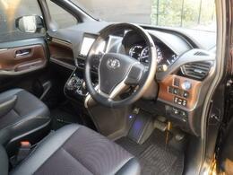 高級車に新たな選択肢 「エスクァイア」 上質な作りの良さをご覧ください。
