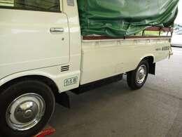 ツウ好みの古いトラックはやはり1方開がカッコイイですね