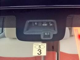 単眼カメラとレーザーレーダーを組み合わせた「デュアルセンサーブレーキサポート」を搭載!人もクルマも検知して衝突回避をサポートする先進の安全装備です★