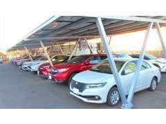 国産新車、中古車多数取り揃えております。在庫に無いお車もご予算に合わせて、お探しします。