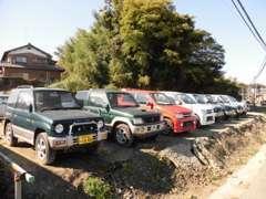 ジムニー、パジェロミニなど軽SUVも多数展示しております。