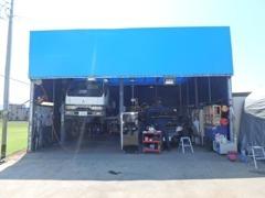 整備歴20年以上のベテラン整備士がお客様のお車を点検致します