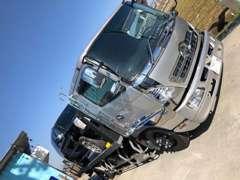 自社の積載車も完備しております!!万一のときもばっちりアフターできます!!