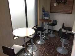 商談スペースです!こちらのゆったりした空間でお客様のご要望をお聞かせ下さい!誠心誠意ご対応させていただきます。
