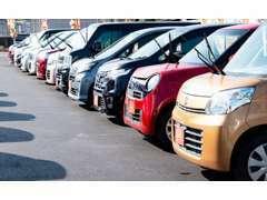 39.8万円の軽自動車を中心に、お求めやすいプライスのお車を用意してお待ちしております♪お気軽に当店へお立ち寄り下さい♪