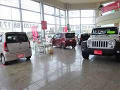 お客様から買取したお車をダイレクト販売!お買い得価格になっておりますので、気になる車があれば、お早めに問い合わせください