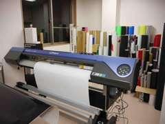 カーラッピング・ステッカー・のぼり・衣類・刺繍をオリジナルで作成出来ますよ。