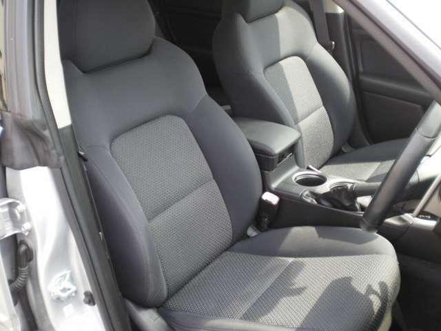 左右フロントシート良い状態です。運転席はパワーシート