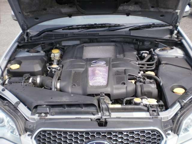 水平対向4気筒DOHC16バルブターボエンジン!5速オートマ