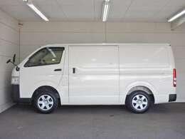 車両総重量3195kg 最大積載量1000kg