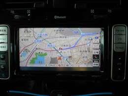 純正ナビゲーション。地上デジタル放送・CD再生・Bluetooth接続