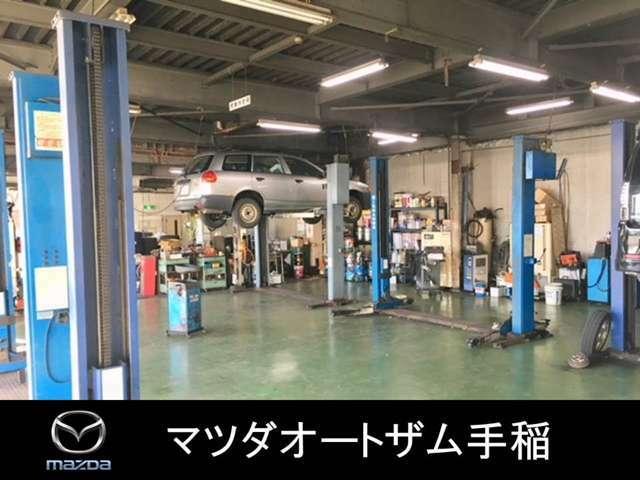 Bプラン画像:整備工場内では6基のリフトを完備しております♪車検整備・点検はもちろんの事、オイル交換・タイヤ交換のみのご入庫も心よりお待ちしております♪