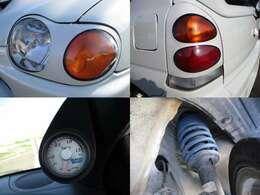 スズキスポーツブーストメーター ダウンサス ヘッドライトカバー テールカバー装備