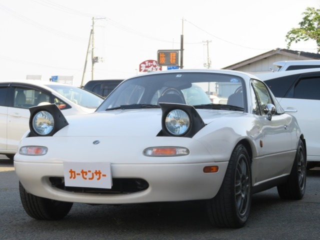 当社では各種新車・中古車販売をはじめ、車検・板金塗装などを承っております。現在高価買取を実施中です!お気軽にお電話下さい。