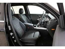 全国の正規ディーラーで保証を受けることができる、走行距離無制限の安心のメーカー保証付き車両でございます。