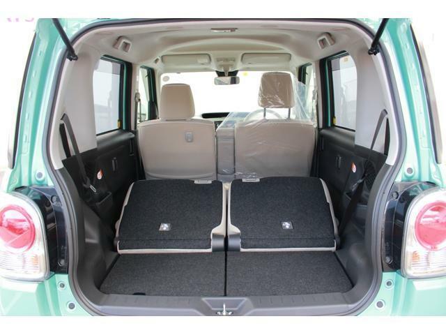 広い空間があるので後部座席を折り畳めば多少大きな荷物も積み込めます!