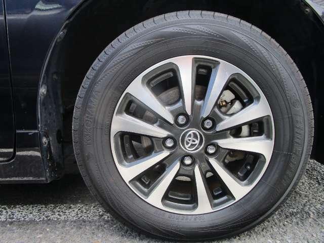 タイヤ&ホイールの詳しい状態などもお気軽にお問い合わせください。改めて詳しい写真にて状態を確認して頂く事も可能です!!