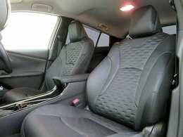 ■トヨタ快適温熱シート/納車時には除菌や消臭に効果のございます当店オリジナルのオゾンクリーニングを施工致します!