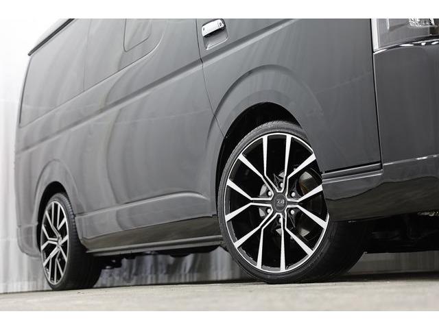 アクトゼロブレイクフォース ブラック/ポリッシュ 20インチブ タイヤサイズ235/35R20。ご希望で変更も可能です。(別途費用が発生する場合がございます)