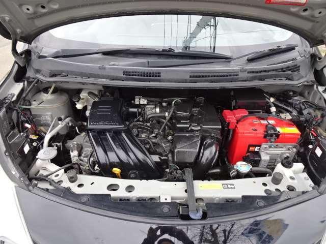 エンジンルームもきれい!!しっかり手入れされたお車です!!