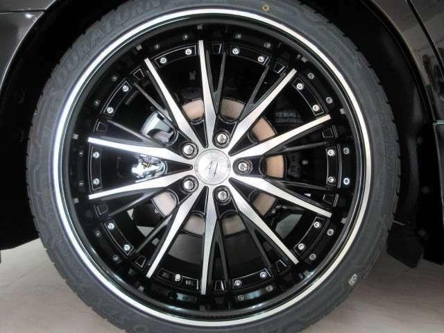 20インチアルミ&新品タイヤ付き!各メーカーのお好みの20インチ・21インチ・22インチのアルミホイールもチョイス可能!ローダウンや車高調などもお取り扱いしております♪