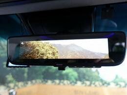 メーカーオプション「デジタルインナーミラー」装着車両です♪♪