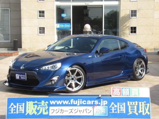 人気の6速MT♪HKS車高調・HKSマフラー・エアロパーツ等々カスタム多数です☆