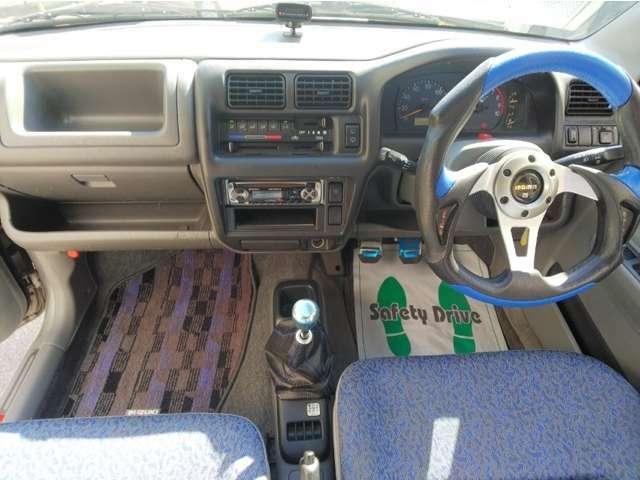 禁煙車なので、車内は嫌な臭いもなく、清潔に保たれております。