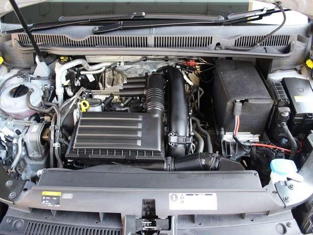 エンジンに異音やオイル漏れなども無く、機関系に問題はございませんのでご安心ください。