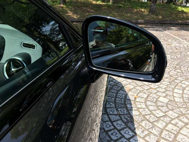 ブラインドスポット機能斜め後方の車の位置を知らせてくれます。
