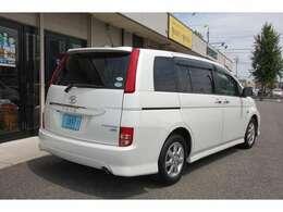 国産&輸入車販売に33年の経験を活かしお客様のカーライフをフルサポート!