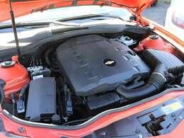 綺麗なエンジンルームです。3600cc☆エンジンは高回転までしっかり吹け上がり、アイドリングも一定となっております。非常に良好です。■走行管理システムもチェック済みとなっております!