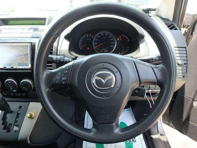 お車をご購入時に必要なものは、普通車は印鑑証明と実印、軽自動車は住民票と認印になります。オートローンをご希望のお客様は運転免許証コピーが必要となります。仮審査も20分程度で可能です。