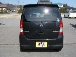 支払い総額には、車輌価格・自動車税・自賠責保険・整備費用・保証費用・リサイクル料金・印紙代・ナンバー代が含まれます。