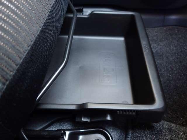 【シートアンダーボックス】シートアンダーボックス♪ 常備品やシューズなど収納でき室内の整理整頓に役立ちます。