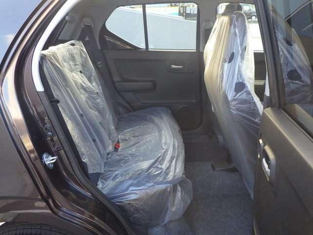 使用感の少なく清潔な車内なので気持ちよく乗って頂けます!