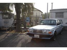 ボルボ 240エステート GL サーファースタイルファブリックブルー内装
