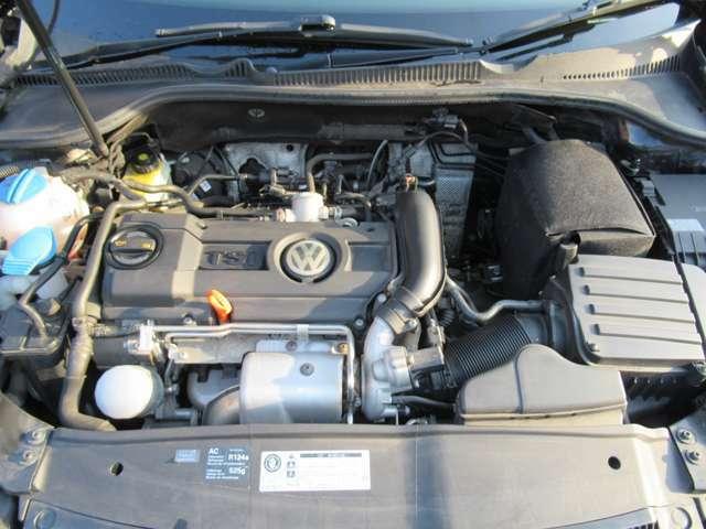 直列4気筒DOHC16バルブICターボ総排気量 1389cc