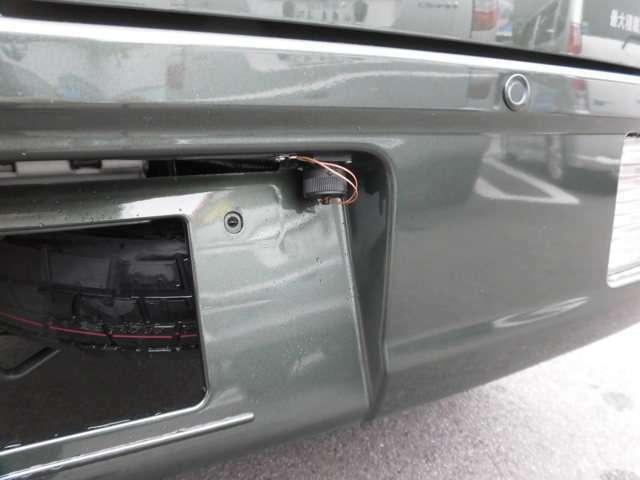 外部充電ソケットからサブバッテリーへの充電が可能です。