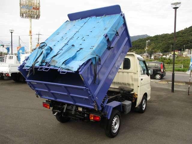 ★遠方のお客様へ★当社のお車をお買い上げいただいたお客様には、日本全国どこへでも納車させていただきます!北は北海道から南は沖縄まで可能ですのでご安心ください!