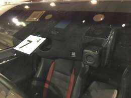 ドライブレコーダー 運転中の記録を残します。事故などを起こした起こされた時の証拠を残します。