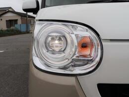 ◇オートマチックハイビーム カメラで対向車や先行車を認識し、居ないときだけ自動的にハイビームにするヘッドライト。