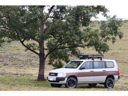 トヨタ プロボックスバン 1.5 GL 4WD カスタムパッケージ カラーデザートカーキ