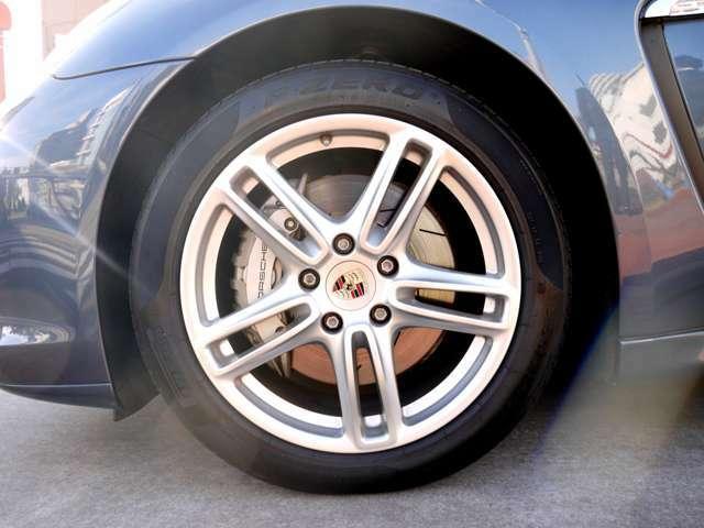 タイヤは交換後、2,100km走行。
