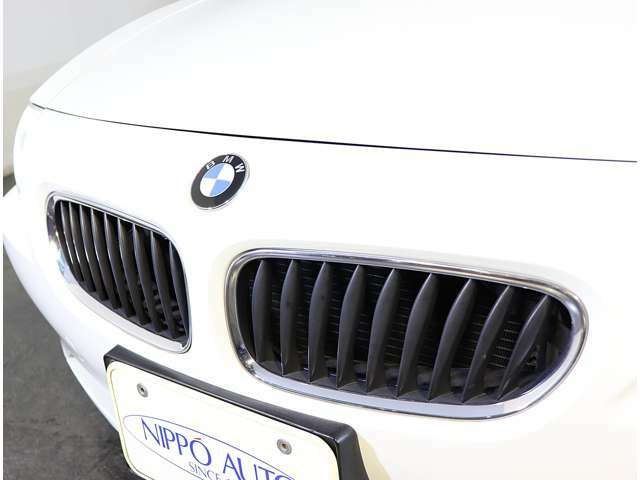 BMWのシンボルのグリルも堂々としてます