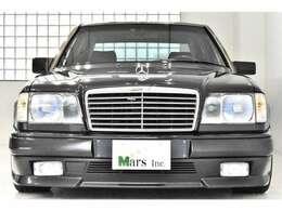 ブルーブラック/ブラックレザー、正規ディーラー車、AMGエアロキット(F・S・R)、AMGアルミホイール、AMGマフラー、左ハンドル、記録簿、取扱説明書、スペアキー